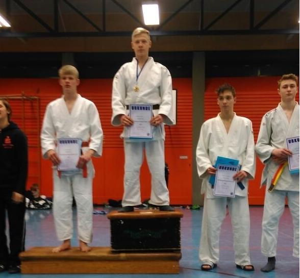 Qualifizierung zu den westdeutschen Einzelmeisterschaften- Niklas Stratmann